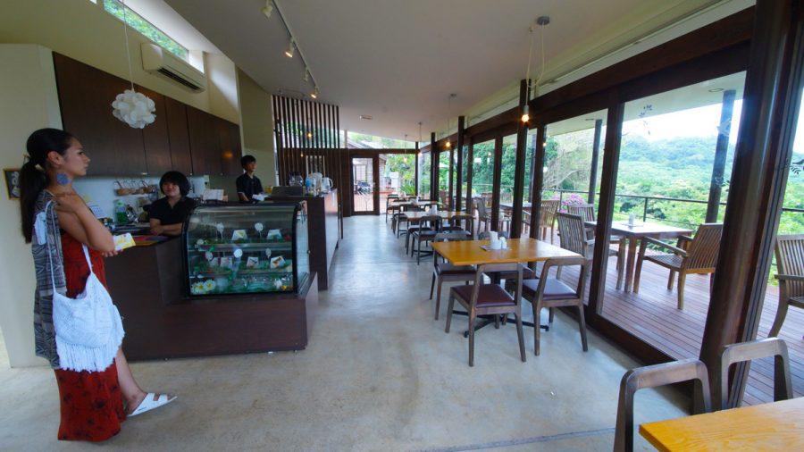 Cafe森のテラス(かふぇもりのてらす)店内