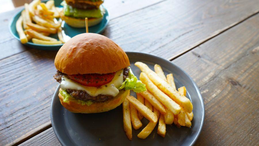 ととらべべハンバーガー(ToTo la Bebe Hamburger)のモッツァレラチーズバーガーセット