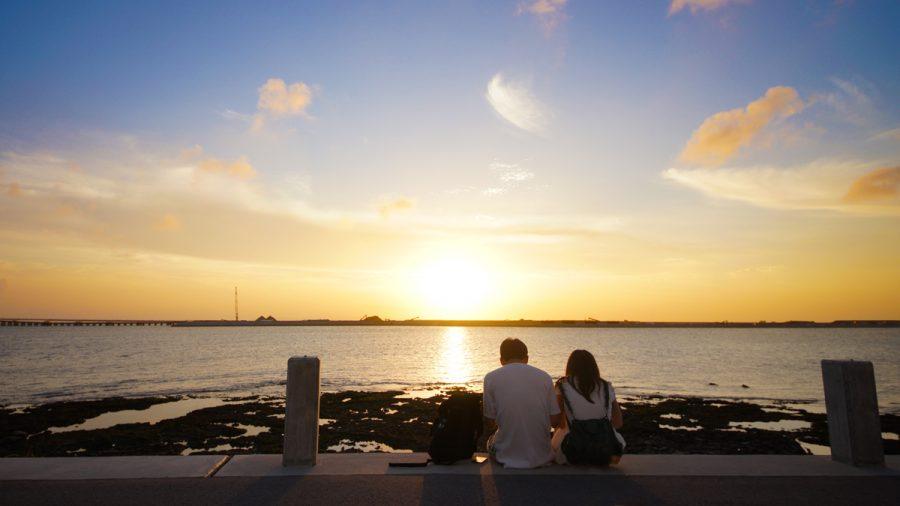 沖縄瀬長島(おきなわせながじま)の夕焼け