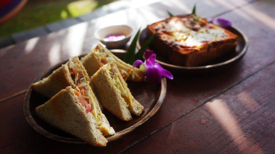 亜熱帯茶屋(あねったいちゃや) 厚切りピザトーストと胚芽のホットサンド