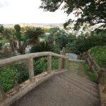 富盛の石彫大獅子(ともりのいしぼりうふじし)のアーチ形の橋
