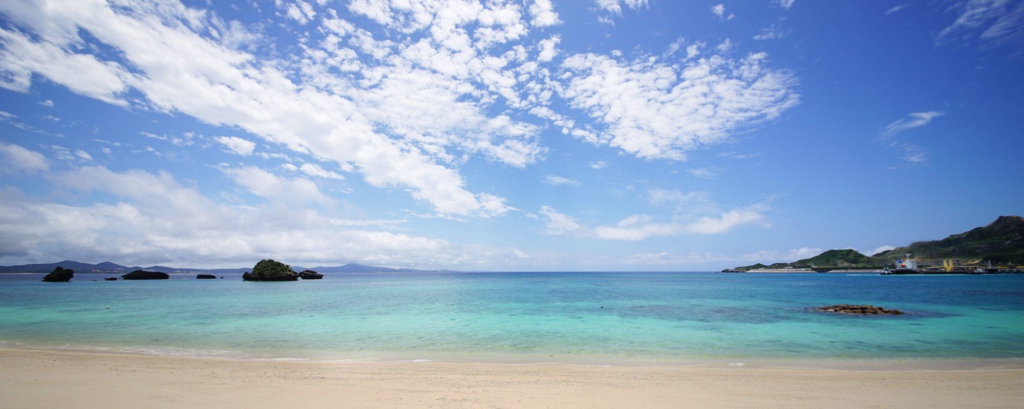 沖縄の絶景写真名護湾