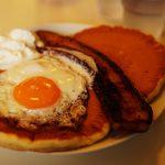 ハワイアンパンケーキハウス パニラニ(Hawaiian Pancakes House Paanilani) おすすめステーキベーコンパンケーキ