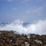 Cape Arasaki(けーぷ あらさき)波しぶき