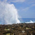 Cape Arasaki(けーぷ あらさき)打ち付ける波